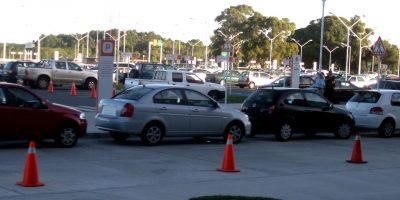 Najważniejsze kwestie przy wyborze parkingu przy lotnisku